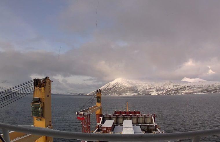MS Svelgen, North Sea Container Line på vei inn til Tromsø