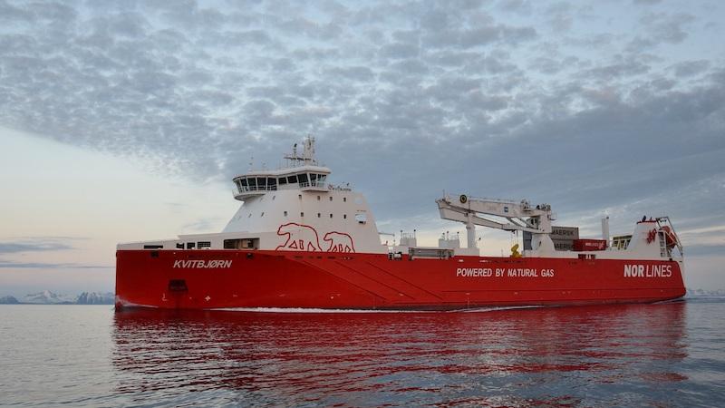 Samskip Kvitbjørn og Samskip Kvitnos går som linjeskip mellom Rotterdam og Europas nordligste by, Hammerfest